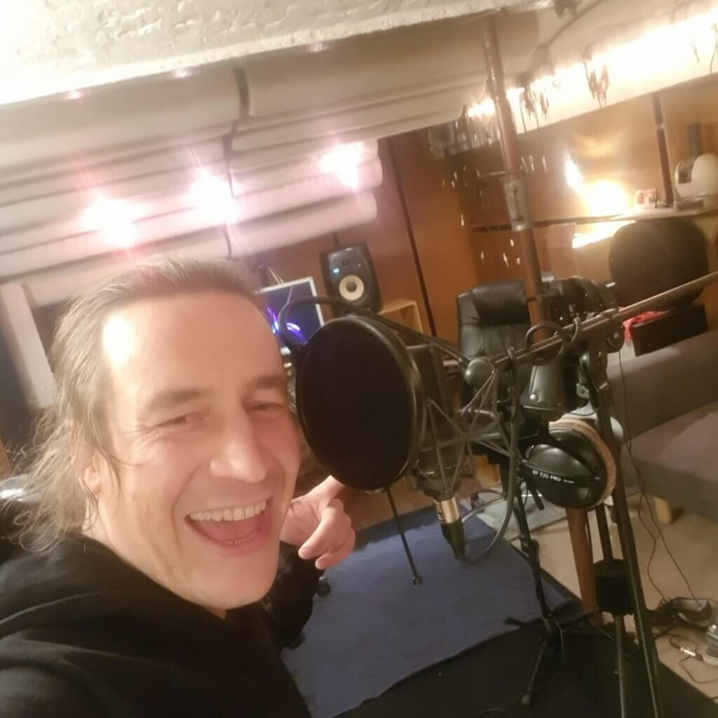 Flo von Zargenbruch im Studio
