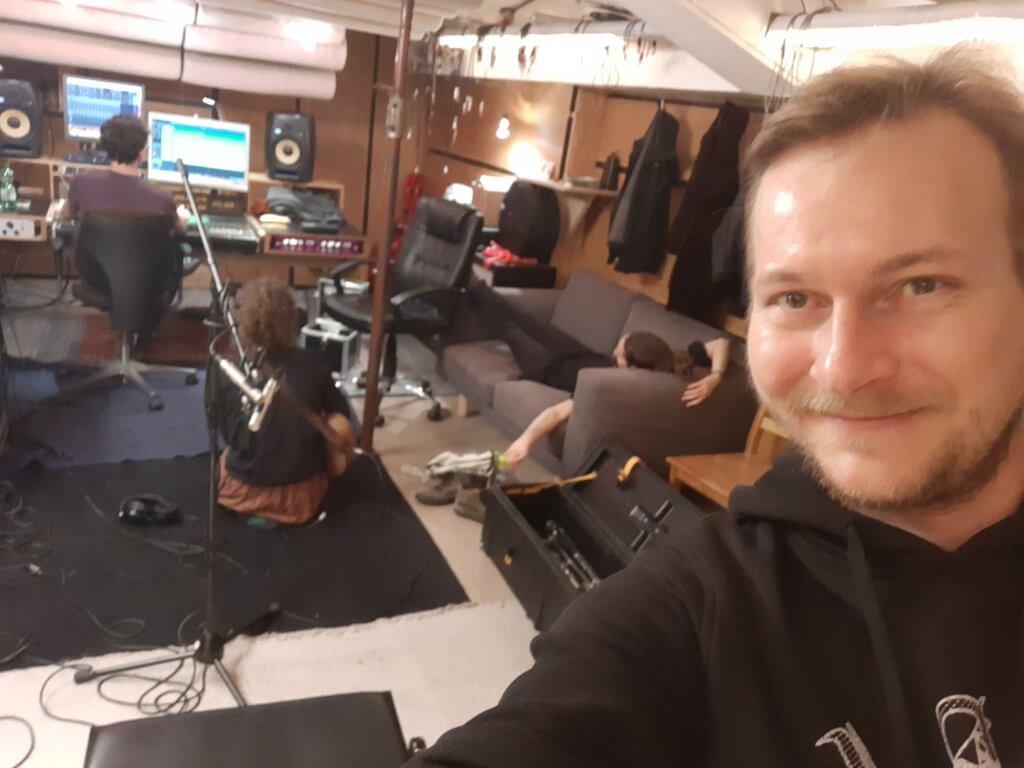 Tina, Anna und Martin vonZargenbruch im Studio