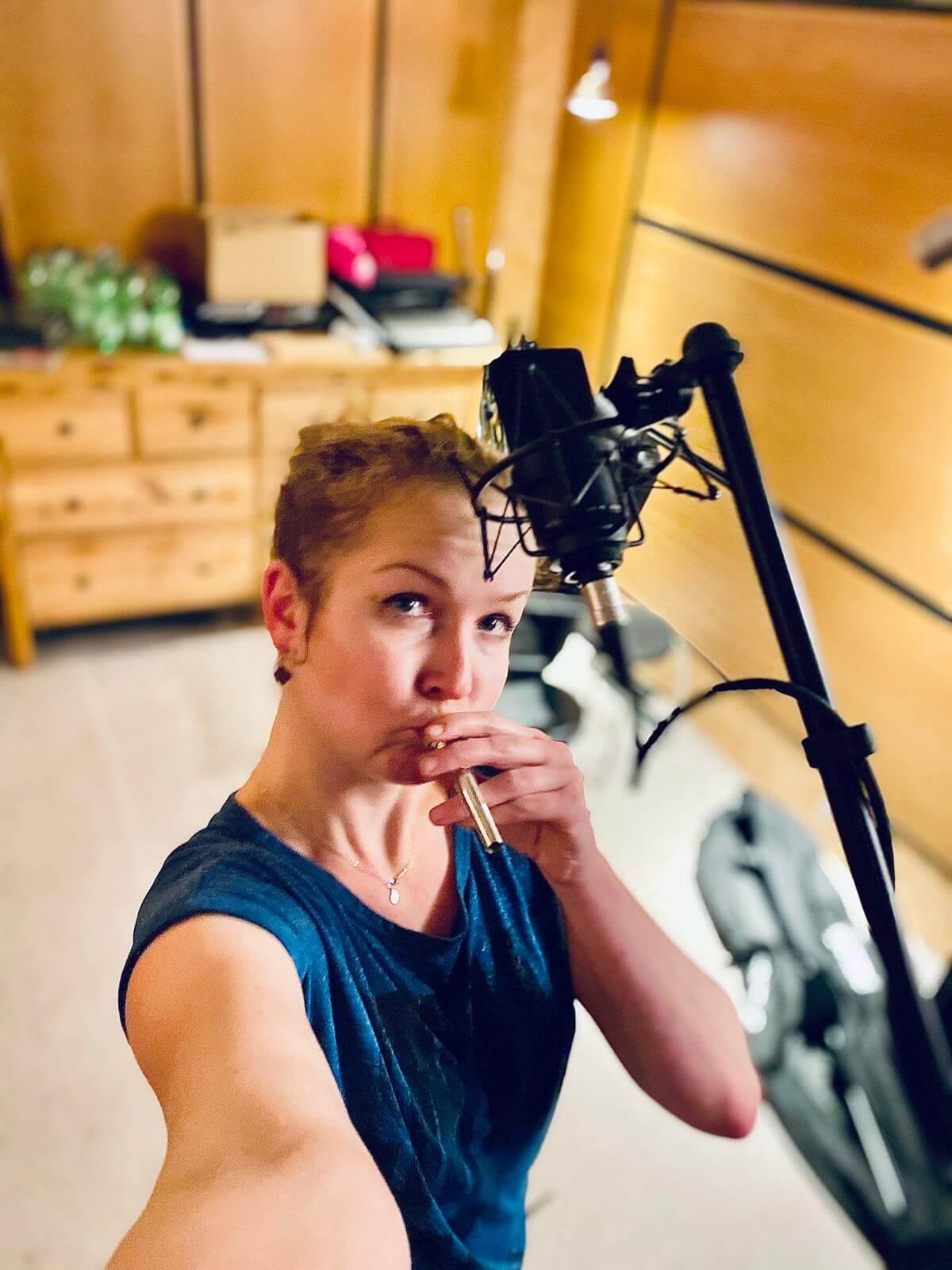 Thekla von Zargenbruch im Studio